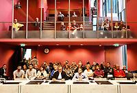 Nederland - Lelystad - 2017.  Open dag bij de Rechtbank in Lelystad. Tijdens de open dag kan men onder andere een nagespeelde zitting bijwonen of een rondleiding door het gebouw volgen. Publieke tribune in rechtszaal. Advocaat en verdachte.   Foto mag alleen gepubliceerd worden als uit het bijschrift blijkt dat het een nagespeelde zitting betreft.   Foto Berlinda van Dam / Hollandse Hoogte