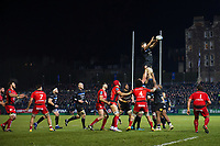 Charlie Ewels of Bath Rugby wins the ball at a lineout. European Rugby Champions Cup match, between Bath Rugby and RC Toulon on December 16, 2017 at the Recreation Ground in Bath, England. Photo by: Patrick Khachfe / Onside Images