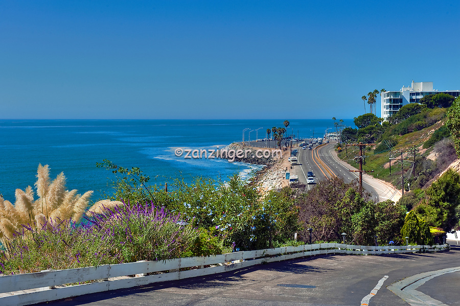 Pacific Coast Highway, Pacific Palisades, CA, Trailer Bowl, Driveway, near Sunset Blvd.