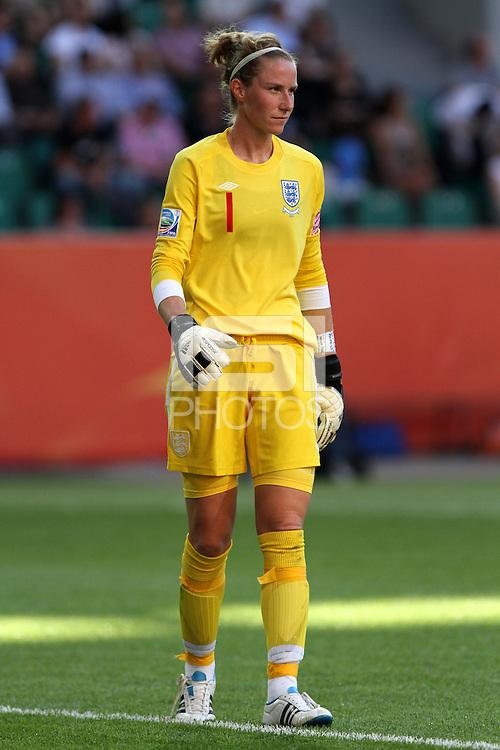 Wolfsburg , 270611 , FIFA / Frauen Weltmeisterschaft 2011 / Womens Worldcup 2011 , Gruppe B  ,  ..England - Mexico ..Torhüterin Karen Bardsley (England)  ..Foto:Karina Hessland ..