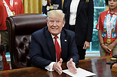 US President Donald Trump speaks during a meeting with the members of Team USA for the 2019 Special Olympics World Games in the Oval Office of the Washington, D.C., on July 18, 2019. <br /> Credit: Olivier Douliery / Pool via CNP