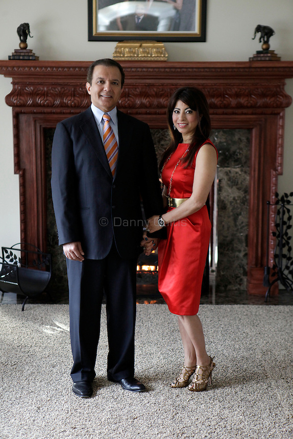 AJ and Poonam Khubani pose for a portrait at their home in Saddle River, New Jersey. Their arranged marriage has lasted for 27 years and they have three children. <br /> <br /> Danny Ghitis for The New York Times