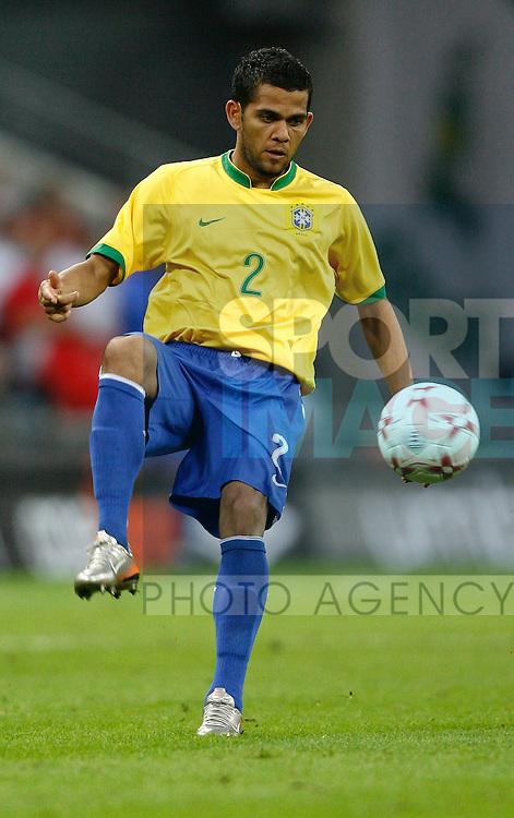 Brazil's Daniel Alves..International Friendly..England v Brazil..1st June, 2007..--------------------..Sportimage +44 7980659747..admin@sportimage.co.uk..http://www.sportimage.co.uk/