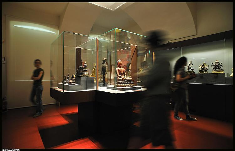 Museo di Arte Orientale. Immagine appartenente al progetto fotografico Vita da Museo di Marco Saroldi.
