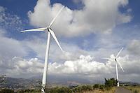 - eolic power station of Albanella (Salerno)....- centrale eolica di Albanella (Salerno)..