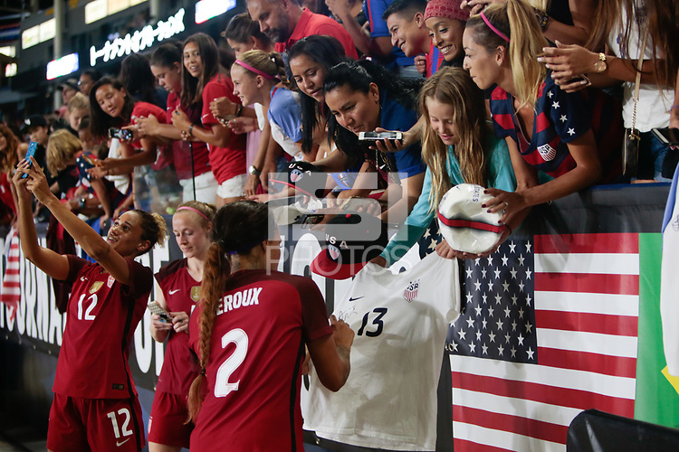 Carson, CA - Thursday August 03, 2017: Sydney Leroux, fans after the 2017 Tournament of Nations match between the women's national teams of the United States (USA) and Japan (JPN) at the StubHub Center.