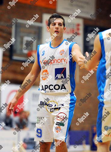 2013-10-01 / Basketbal / seizoen 2013-2014 / Kangoeroes Willebroek / Luke Loucks<br /><br />Foto: Mpics.be