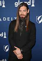 BEVERLY HILLS, CA - APRIL 12: Tom Payne, At the 29th Annual GLAAD Media Awards at The Beverly Hilton Hotel on April 12, 2018 in Beverly Hills, California. <br /> CAP/MPI/FS<br /> &copy;FS/MPI/Capital Pictures