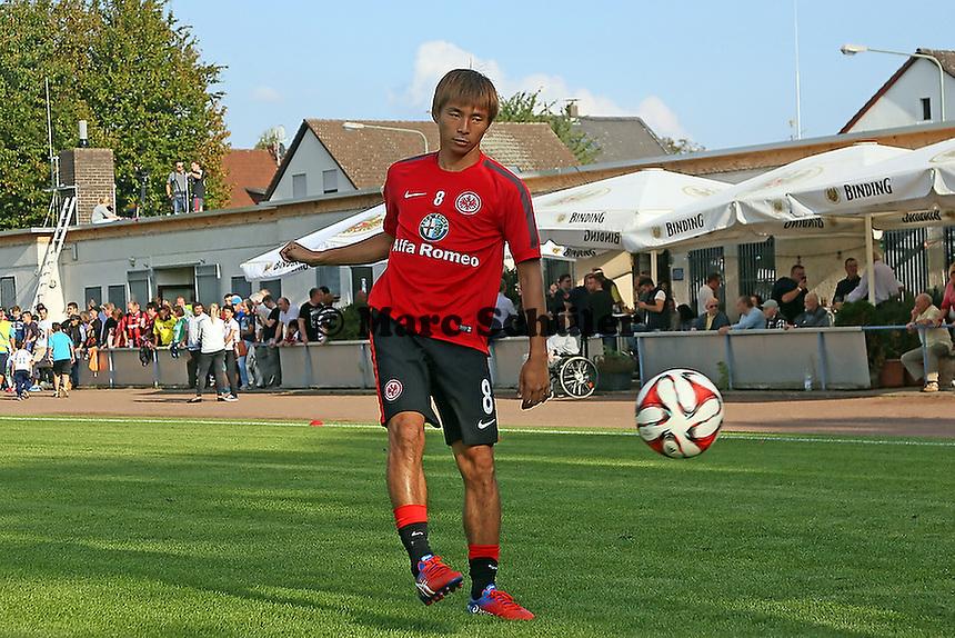 Takashi Inui (Eintracht) - VfB Unterliederbach vs. Eintracht Frankfurt