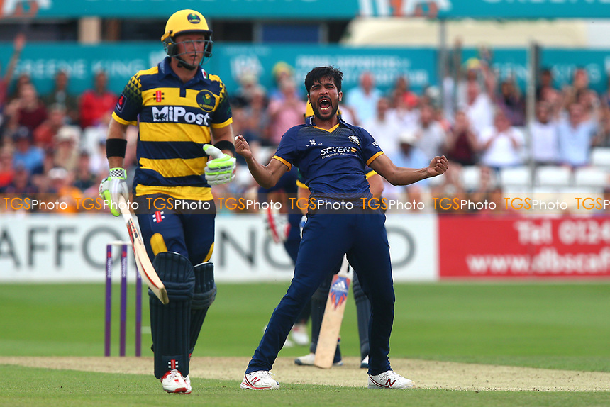 Mohammad Amir of Essex celebrates running out Colin Ingram during Essex Eagles vs Glamorgan, NatWest T20 Blast Cricket at The Cloudfm County Ground on 16th July 2017