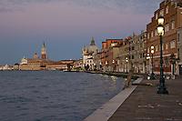 La Fondamenta delle Zittele sur l'le de la Giudecca. (Venise, Octobre 2006)