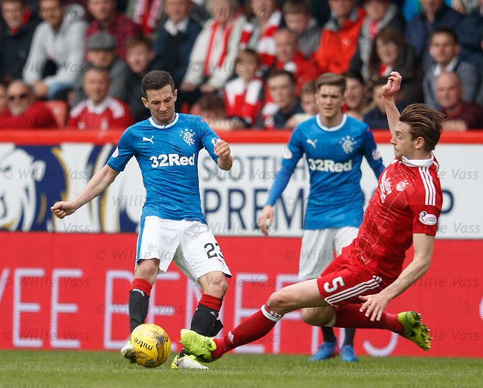 Jason Holt tackled by Ash Taylor