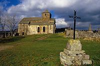 Europe/France/Auvergne/15/Cantal/Bredons: Eglise Saint Pierre