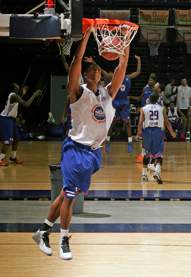 Jordan Mickey participates in a basketball camp in Charlottesville, Va. (Photo/Andrew Shurtleff)