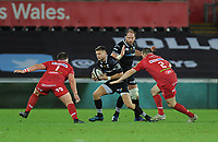 Ospreys' Dan Biggar in action during todays match<br /> <br /> Photographer Ashley Crowden/CameraSport<br /> <br /> Guinness Pro14 Round 6 - Ospreys v Scarlets - Saturday 7th October 2017 - Liberty Stadium - Swansea<br /> <br /> World Copyright &copy; 2017 CameraSport. All rights reserved. 43 Linden Ave. Countesthorpe. Leicester. England. LE8 5PG - Tel: +44 (0) 116 277 4147 - admin@camerasport.com - www.camerasport.com