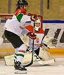 07.01.2020, BLZ Arena, Füssen / Fuessen, GER, IIHF Ice Hockey U18 Women's World Championship DIV I Group A, <br /> Ungarn (HUN) vs Japan (JPN), <br /> im Bild Lilla Faggyas (HUN, #3), Schlagschuss auf Zsofia Toth (HUN, #20)<br /> <br /> Foto © nordphoto / Hafner