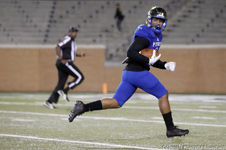 Boswell senior receiver Isaiah Mayfield makes a 48-yard  touchdown reception as the Pioneers defeat Denison 56-29 in high school bi-district playoff football at Apogee  Stadium in Denton on Friday, November 11, 2016. Mayfield finished with nine catches for 144 yards and one touchdown