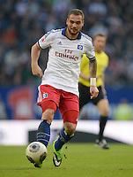 FUSSBALL   1. BUNDESLIGA   SAISON 2013/2014   9. SPIELTAG Hamburger SV - VfB Stuttgart                               20.10.2013 Pierre-Michel Lasogga (Hamburger SV)  am Ball
