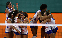 BARRANQUILLA - COLOMBIA, 25-07-2018: Jugadoras de Puerto Rico celebran la medalla de bronce después del encuentro entre Mexico y Puerto Rico en la modalidad de Voleiboll femenino como parte de los Juegos Centroamericanos y del Caribe Barranquilla 2018. /  Players of Puerto Rico celebrate the bronze medal after the match between Mexico and Puerto Rico in women's volleyball as a part of the Central American and Caribbean Sports Games Barranquilla 2018. Photo: VizzorImage / Cont