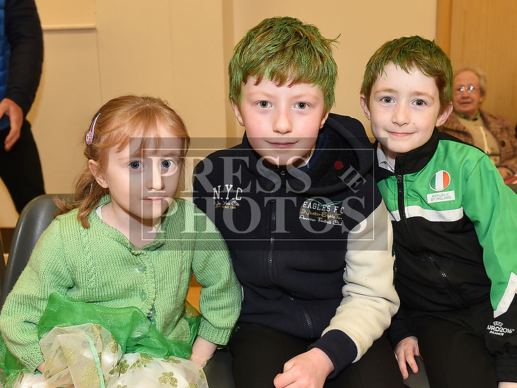 Jane, Conor and Gareth Doggett at the Comhaltas Céilí in Ballsgrove Community Centre. Photo:Colin Bell/pressphotos.ie