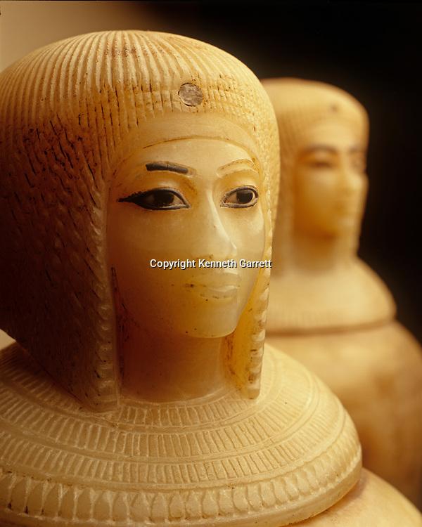 Egypt; Gold of the Pharaohs; Tut catalog; New Kingdom; Kiya; Queen; Akhanaten; Amarna; B10397