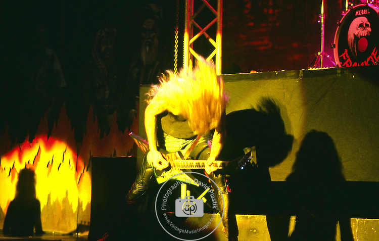 WASP - Chris Holmes- performing live in Los Angeles -Aug 1989