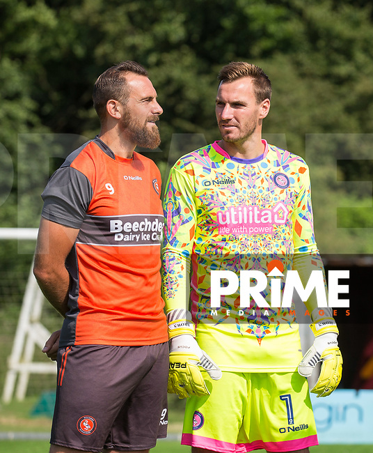 8ba4a84220c Paul Hayes of Wycombe Wanderers chats with Goalkeeper Scott Brown - Wycombe  Wanderers Goalkeeper Kit for