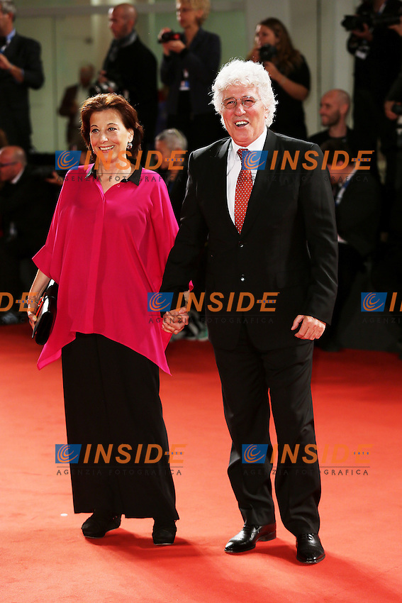 Venice, Italy - September 04: Ninetto Davoli and Patrizia Davoli attend the 'Pasolini' premiere at Palazzo Del Cinema, during the 71st Venice Film Festival on September 04, 2014 in Venice, Italy. (Photo by Mark Cape/Inside Foto)<br /> Venezia, Italy - September 04: Ninetto Davoli e Patrizia Davoli presenti al premiere di 'Pasolini' al Palazzo Del Cinema, durante del 71st Venice Film Festival. Settenbre 04, 2014 Venezia, Italia. (Photo by Mark Cape/Inside Foto)