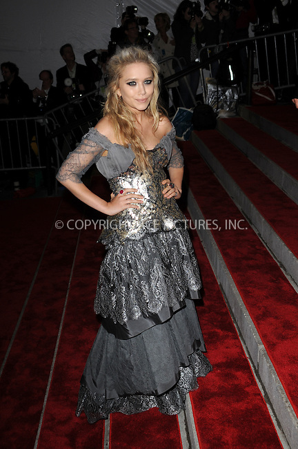 WWW.ACEPIXS.COM . . . . . ....May 4 2009, New York City....Mary-Kate Olsen arriving at 'The Model as Muse: Embodying Fashion' Costume Institute Gala at The Metropolitan Museum of Art on May 4, 2009 in New York City....Please byline: KRISTIN CALLAHAN - ACEPIXS.COM.. . . . . . ..Ace Pictures, Inc:  ..(212) 243-8787 or (646) 679 0430..e-mail: picturedesk@acepixs.com..web: http://www.acepixs.com