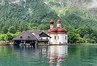 Blick auf die Kirche St. Bartholomä - Berchtesgaden 16.07.2019: Königssee