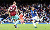 1st October 2017, Goodison Park, Liverpool, England; EPL Premier League Football, Everton versus Burnley; Sandro Ramirez of Everton attempts a long range shot at goal late in the match as Everton chase a 0-1 defecit