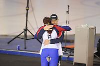 SPEEDSKATING: CALGARY: 14-11-2015, Olympic Oval, ISU World Cup, Ladies 1000m, Heather Richardson (USA), world record: 1.12,51, felicitaties van haar coach Jillert Anema, ©foto Martin de Jong