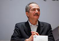 SAO PAULO, 29 DE JUNHO DE 2012. IV FORUM DAS SEDES DA COPA 2014.  O ministro dos esportes Aldo Rabelo durante o IV Forum das sedes da copa 2014 no Palacio dos Bandeirantes em São Paulo. FOTO: ADRIANA SPACA - BRAZIL PHOTO PRESS