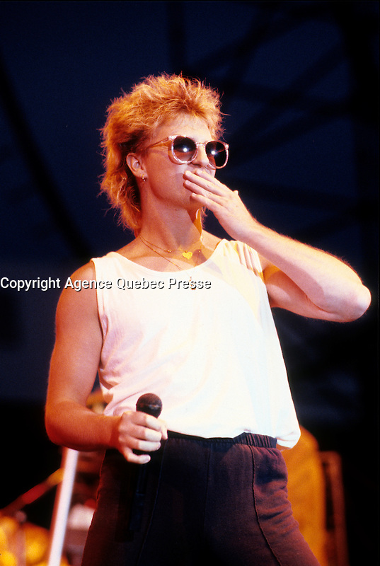 Glass Tiger perform at La Ronde, June 1986 (around the 13)