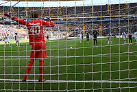 Sebastien Haller (Eintracht Frankfurt) erzielt das Tor zum 1:1 gegen Torwart Luca Plogmann (SV Werder Bremen) - 01.09.2018: Eintracht Frankfurt vs. SV Werder Bremen, Commerzbank Arena, 2. Spieltag DISCLAIMER: DFL regulations prohibit any use of photographs as image sequences and/or quasi-video.