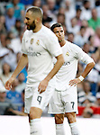 Real Madrid's Karim Benzema (l) and Cristiano Ronaldo dejected during La Liga match. September 26,2015. (ALTERPHOTOS/Acero)