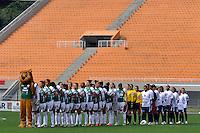 SÃO PAULO, SP, 10 DE JUNHO DE 2012 - FINAL DA COPA DO BRASIL DE FUTEBOL FEMININO: Equipes durante partida São José E.C. x Centro Olimpico, válida pela Final da Copa do Brasil de Futebol Feminino em jogo realizado na manhã deste <br /> <br /> domingo (10) no Estádio do Pacaembú. FOTO: LEVI BIANCO - BRAZIL PHOTO PRESS