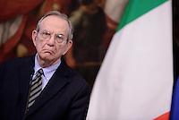 Roma, 28 Novembre 2016<br /> Pier Carlo Padoan.<br /> Conferenza stampa a Palazzo Chigi sulla legge di Bilancio 2017