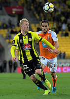 Adam Parkhouse in action during the A-League football match between Wellington Phoenix and Brisbane Roar at Westpac Stadium in Wellington, New Zealand on Sunday, 25 January 2018. Photo: Dave Lintott / lintottphoto.co.nz