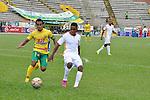 Un vibrante empate a 3 goles registraron Atlético Huila y Águilas Doradas este sábado por la tarde en el Guillermo Plazas Alcid, en partido válido por la fecha 15 del Torneo Apertura Colombiano 2015. Después de ir perdiendo 3 – 1, los de José Fernando Santa, mostraron ganas y empataron 3 – 3.
