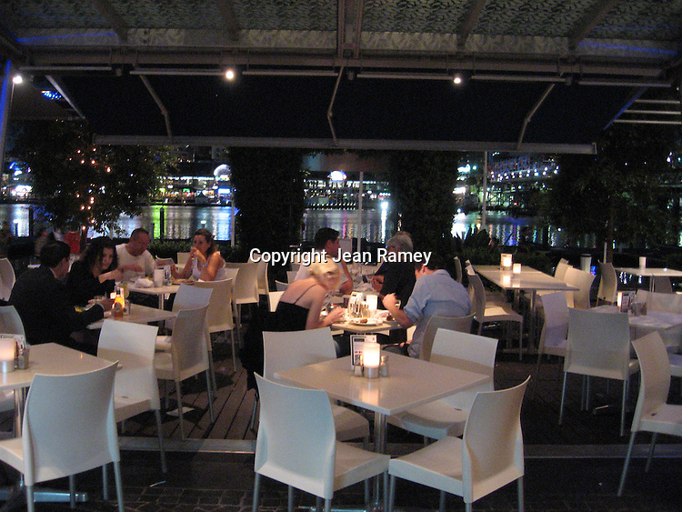 Chic restaurants abound in cosmopolitan Sydney