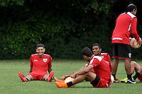 SÃO PAULO, SP, 05.05.2015 - TREINO - SÃO PAULO FC - Denilson do São Paulo durante treino da equipe no Centro de Treinamento da Barra Funda região oeste de São Paulo, nesta terça-feira, 05. (Foto: Bruno Ulivieri / Brazil Photo Press)