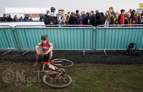 29 NOV 2014 - MILTON KEYNES, GBR - Joseph Peatfield from Horwich CC recovers after the junior men's race held before the 2014-2015 UCI Cyclo-Cross World Cup rounds at Campbell Park in Milton Keynes, Great Britain (PHOTO COPYRIGHT © 2014 NIGEL FARROW, ALL RIGHTS RESERVED)