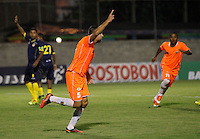 ENVIGADO -COLOMBIA-05-02-2014. Andrés  Orozco jugador de Envigado FC celebra un gol en contra de Uniautónoma durante partido por la fecha 3 de la Liga Postobón I 2014 realizado en el Polideportivo Sur de la ciudad de Envigado./ Andres Orozco player of Envigado FC celebrates a goal against Uniautonoma during match for the 3rd date of the Postobon League I 2014 at Polideportivo Sur in Envigado city.  Photo: VizzorImage/Luis Ríos/STR
