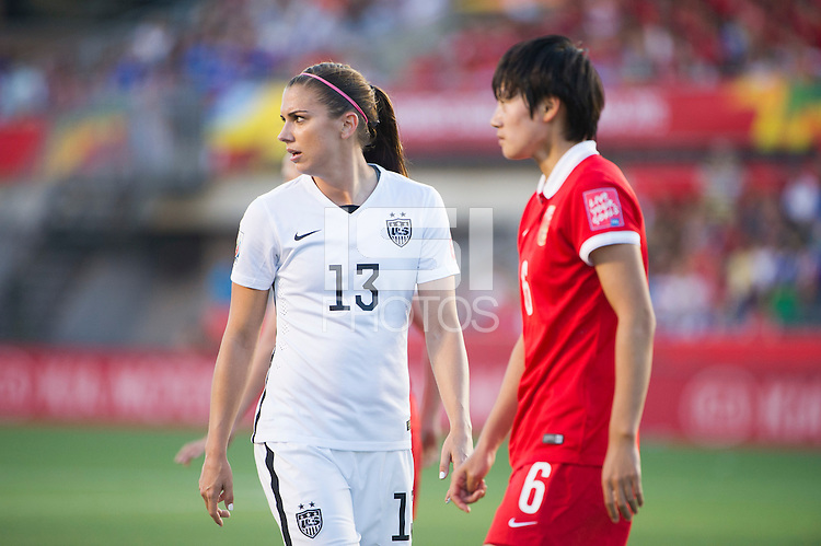 Ottawa, Canada - Friday, June 26, 2015: The USWNT defeat China PR 1-0 in Quarter-Final action during FIFA Women's World Cup 2015 at Landsdowne Stadium.