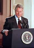 United States President Bill Clinton announces his plan to expand Medicare benefits at the White House in Washington, DC on 29 June, 1999.  The plan helps older Americans pay for prescription drugs - up to $1,000 per year, in return for a $24 monthly premium.<br /> Credit: Ron Sachs / CNP