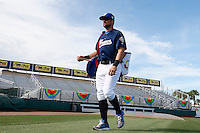 20 September 2012: Florian Peryrichou arrives on the field prior to Spain 8-0 win over France, at the 2012 World Baseball Classic Qualifier round, in Jupiter, Florida, USA.