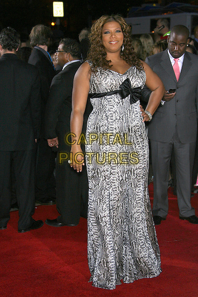 QUEEN LATIFAH.The 33rd Annual People's Choice Awards - Arrivals held at The Shrine Auditorium, Los Angeles, California, USA..January 9th, 2007.full length grey gray black dress hand on hip bow snakeskin print dress.CAP/ADM/ZL.©Zach Lipp/AdMedia/Capital Pictures
