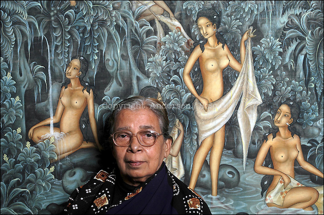 Mahasweta Devi, Indian write, November 19, 2002 in Paris, France.