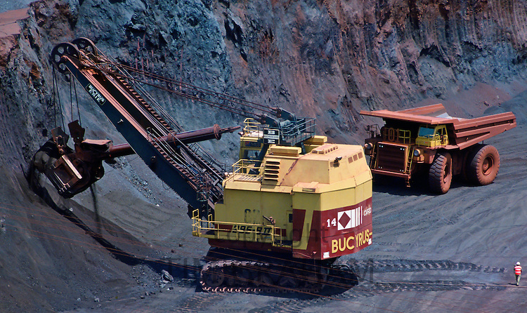 Open cast mining for ironore in Carajas, Brazil RESERVED USE - NOT FOR DOWNLOAD -  FOR USE CONTACT TIM GRAHAM